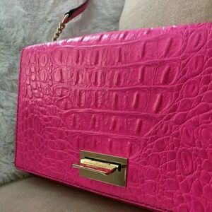 Kate Spade Fiona Orchard Valley Hot Pink Flip Clas